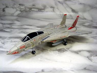 f14-004