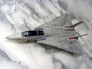 f14-005